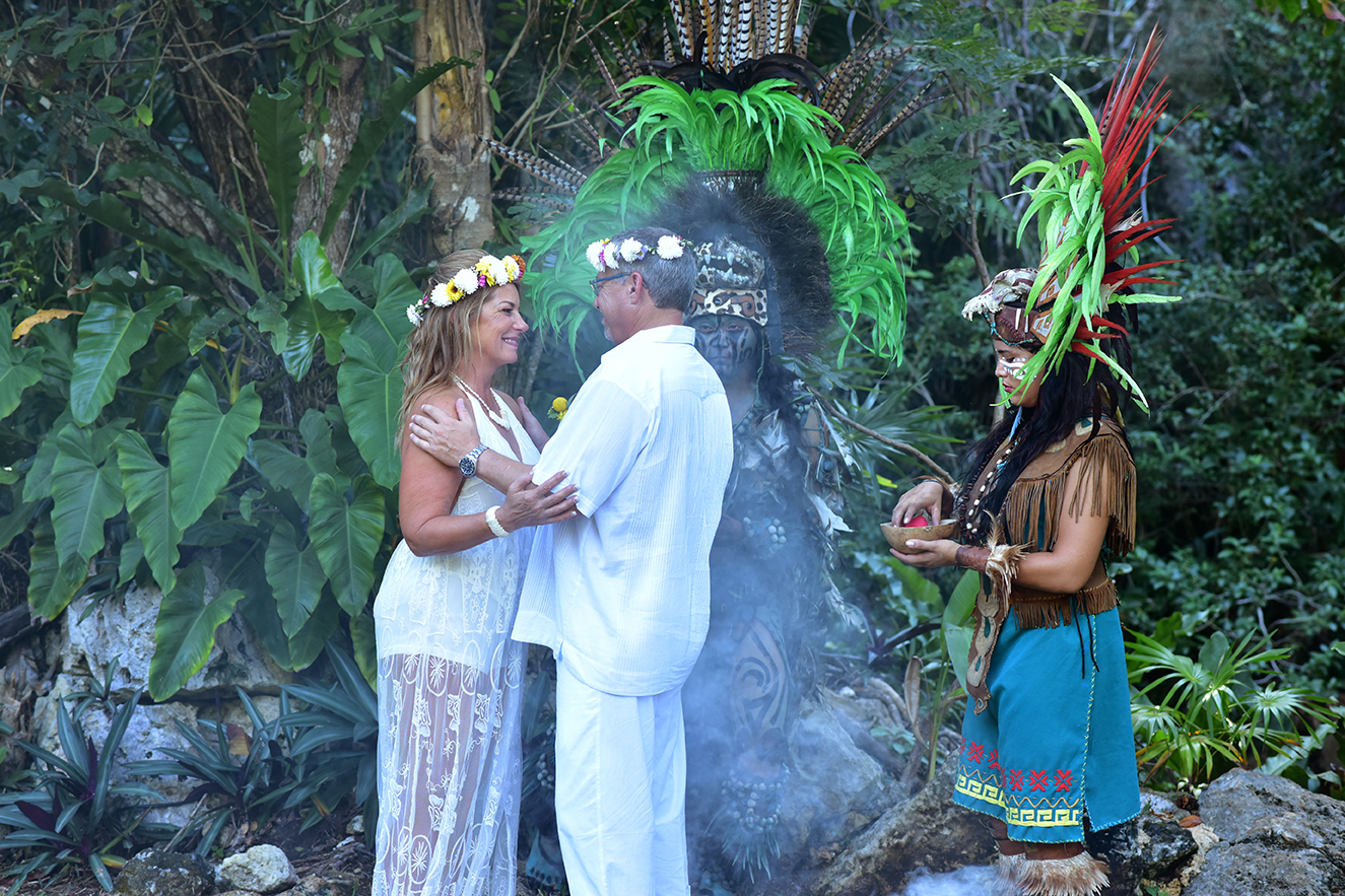 Mayan Wedding Ceremony in the Riviera Maya by Marry With Pride